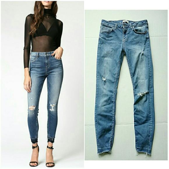 Zara Denim - Zara Mid Rise Distressed Released Hem Skinny Jeans